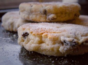Closeup_of_Welsh_cakes,_February_2009